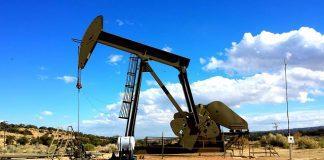 Scorte strategiche petrolio, dato importante per investire in questa materia prima